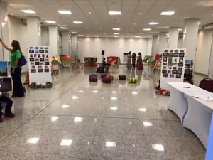 Visão geral da exposição no Salão 14 Bis do Ramada Airport.